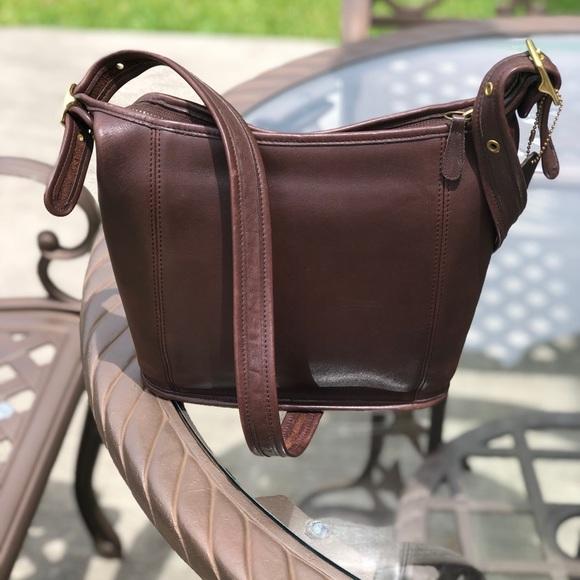 Coach Handbags - Vintage Coach Leather Andrea Bucket Style Hobo Bag